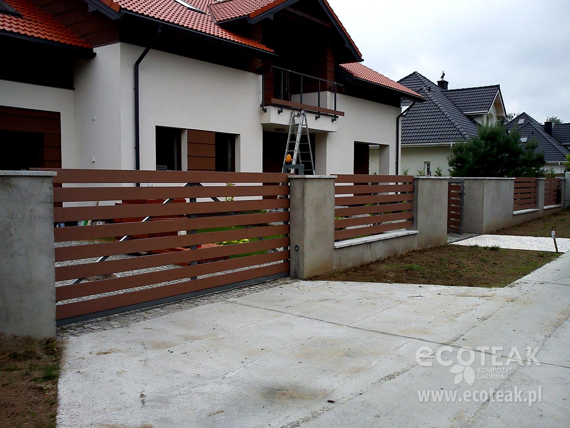 Ogrodzenie z kompozytów drewna EcoTeak