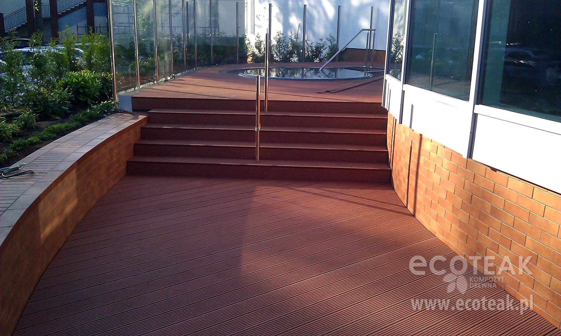Taras z kompozytów drewna EcoTeak